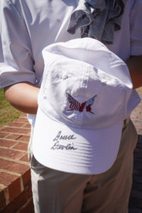 Tournament page - Autograph hat